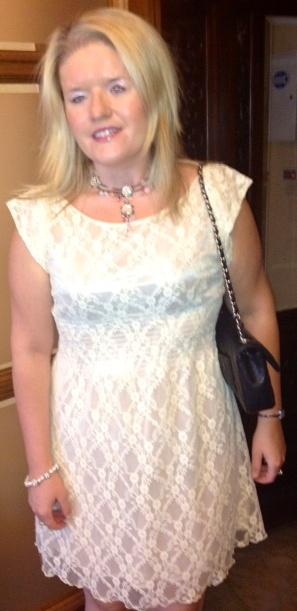 photo white dress